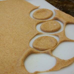 Grandma's Cinnamon Wreath|dough circles|theallyreneeblog.wordpress.com