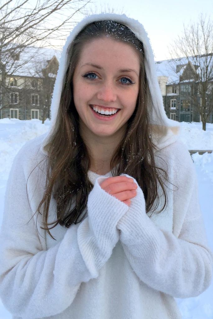 Kirsten Snow